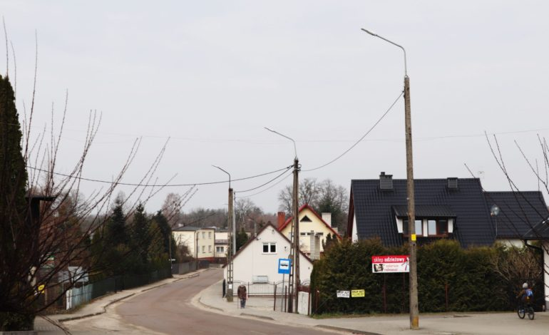Gmina Cewice lampami ledowymi stoi. Wymienili ich 480