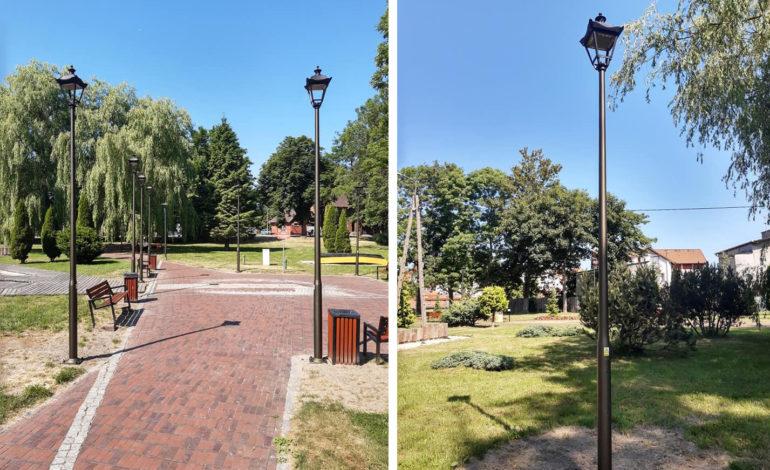 Park Oblatów z nowym oświetleniem i siłownią plenerową